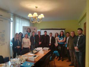 Round Table Stakeholders meeting 17.04.2018 c WWF Romania 12 300x225 - A doua întâlnire a Comitetului Consultativ